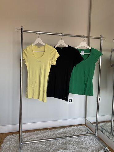 Paket zenskih majica s velicina. Benetton,zara i tiffany