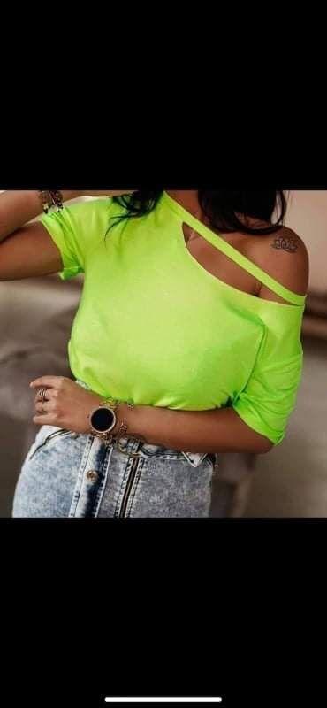 Ženska odeća | Rumenka: MajicaPamuk elastinDostupna u vise bojaVelicina uni (s, m, l) Cena