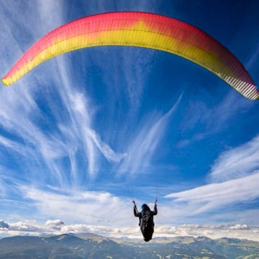 Параплан. Полеты на параплане в Бишкеке! Высота полетов 300м (5-10мин)