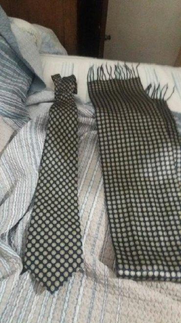 мужская футболка с якорем в Кыргызстан: Элитный галстук вместе с шарфом-кашне.отдам галстук с кошне вместе за