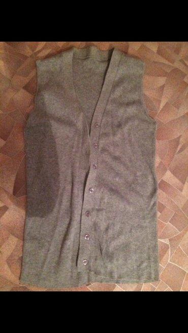 Жилетик оочень стильный. Можно носить в Бишкек