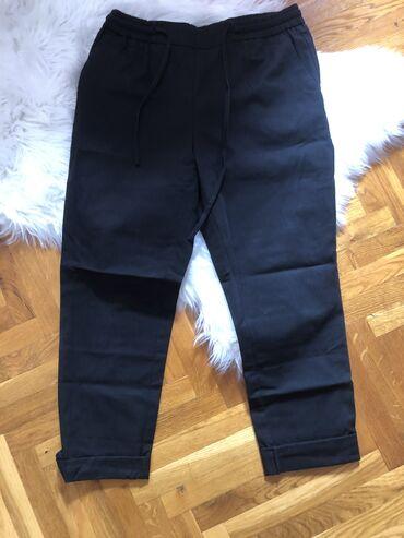 Zenske pantalone crne - Srbija: Crne zenske pantalone. ZARA, velicina M