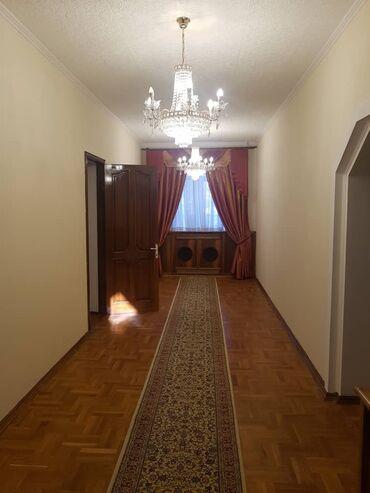 теплый гараж аренда в Кыргызстан: 450 кв. м, 9 комнат, Гараж, Утепленный, Теплый пол