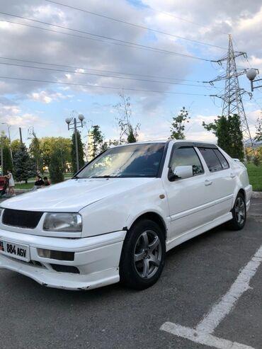 продаю фольксваген транспортер т2 бишкек в Кыргызстан: Volkswagen Vento 1.8 л. 1996
