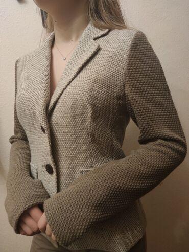 Женская одежда б/у в отличном состоянииКоричневый пиджак Бархатный