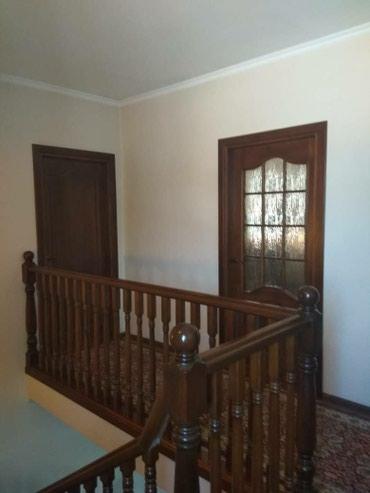Продаю два двух этажных дома на одном в Бишкек