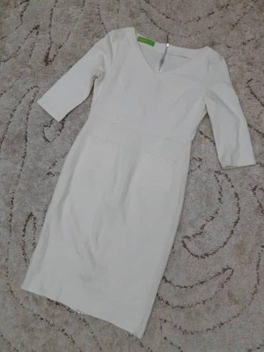 Платье новое, в стиле Виктории Бекхем. Цена 800с. Размер s. в Кок-Ой