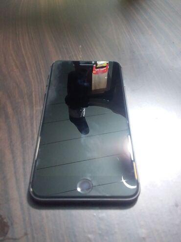 IPhone 8 Plus | 64 GB | Boz (Space Gray) | İşlənmiş | Barmaq izi, Face ID, Sənədlərlə