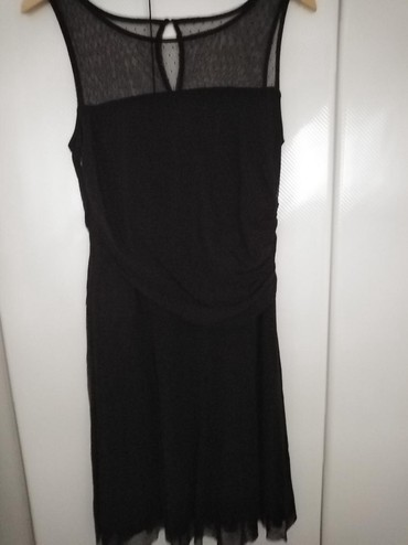 Crni top - Srbija: Top,top,top!Esprit svecana crna haljina.Prelepo stoji.Veoma kvalitetna
