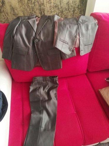продаются костюмы на мальчика в Бишкек