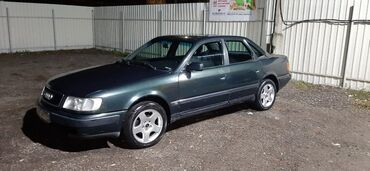 Audi S4 2 л. 1992