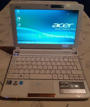 Acer Aspire One ispravan laptop u top stanju gotovo bez tragova