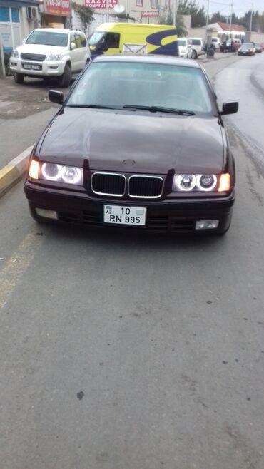 bmw 318 1994 - Azərbaycan: Salam 38 yawim var aileliyem. wexsi aftomobilimle ( BMW 318 ) ve ya