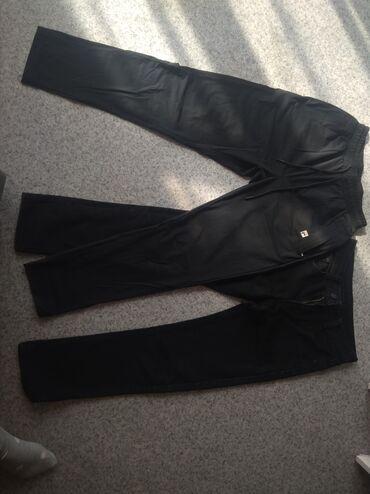 Джинсы подростковые 93 см. Не утеплённые.б/у. 300 сом.Спортивные брюки