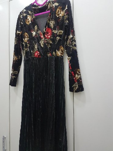 размер 44 48 в Кыргызстан: Платье бархат размер 44-48