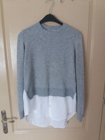 H&M džemperić, kao nov, svega dva puta nošen. Veoma lepo stoji i