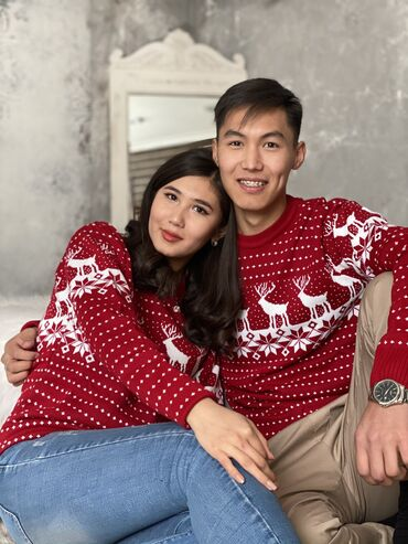 бежевое платье в пол в Кыргызстан: Получили классные свитера Отличный подарок близкому человеку Размеры 4