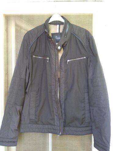 Bez-jakna-l - Srbija: Muška jakna, crna boja, veličina M, bez oštećenja