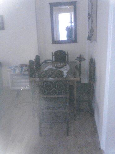 Sto sa 10 istih stolica drveni stolice bi trebalo presvuci cena nije