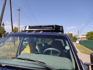 Chevrolet - Кыргызстан: Chevrolet Suburban 6.5 л. 1996   250 км