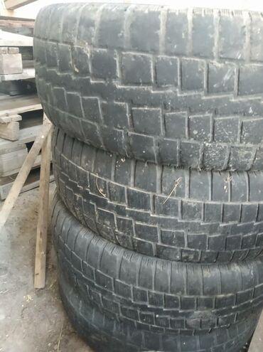 шины бу r16 в Кыргызстан: Шины бу 225/70 R16 от Тойота хариера  Комплект 2000 сом