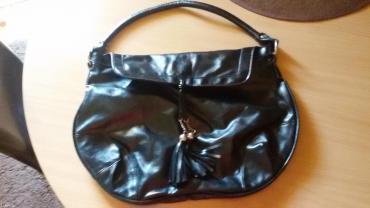 Prelepa torba kupljena u avonu - Lazarevac