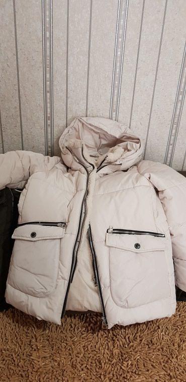 Bakı şəhərində Куртка на девочку ZARA 30 ман. б/у в идеальном состоянии