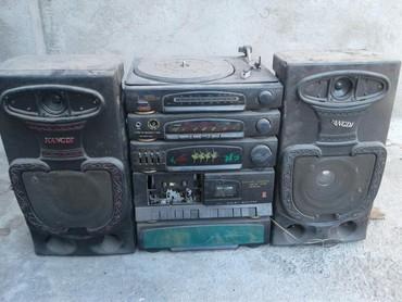 Продаю магнитофон из 2000ых рабочая в Бишкек