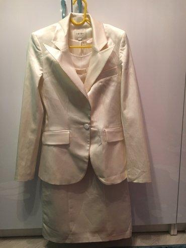 Прекрасный костюм: изящное платье и в Бишкек