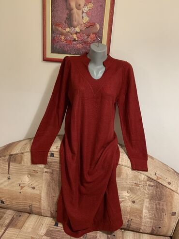3988 oglasa: Dzemper haljina l/xl !!! Bordo