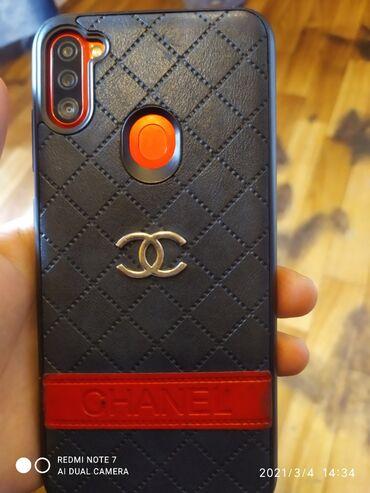 Samsung - Xəzər adaları: Tecli satılır az işlənmiş telefondu qırmızı rəngdə Galaxy a 11 32gb