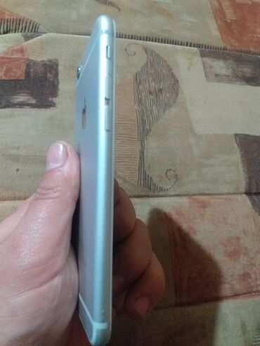 Elektronika - Odzaci: Polovni iPhone 6 16 GB Silver