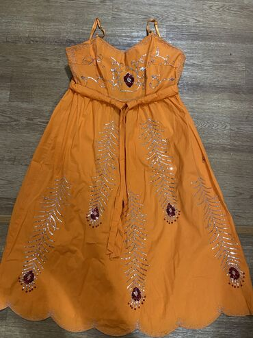 Платье летнее ХБ . Дышит . Размер S цена :400