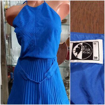 Atraktivne marame - Srbija: Plise haljina vel M Atraktivna, dužina suknje 79 cm, midi dužina