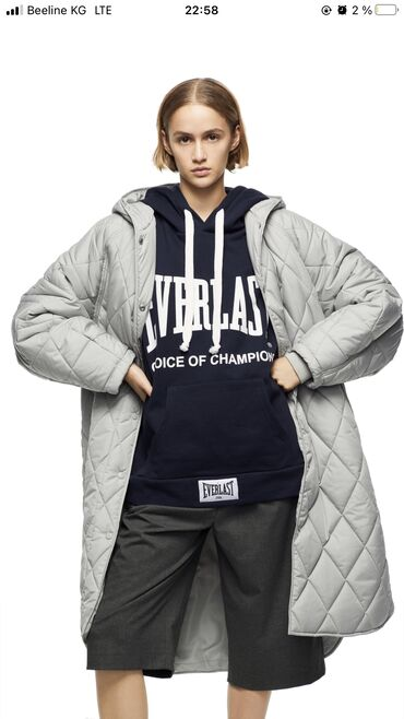 мерседес с класс бишкек цена в Кыргызстан: Куртка zara!! Для всех любителей оверсайз эта куртка просто находка!!!