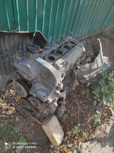 Продаю двигатель на Тойота Витц 1.3.Не дымит, масло не жрет. Есть