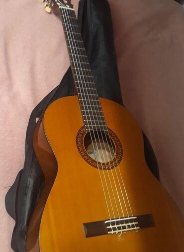 гитары бишкек in Кыргызстан   АВТОЗАПЧАСТИ: Продаю гитару YAMAHA C45 Чехол в комплекте