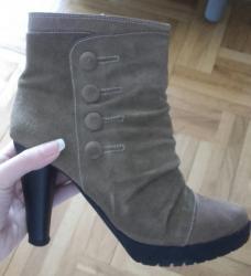 Kozne cizme u odlicnom stanju, 38 broj - Kragujevac
