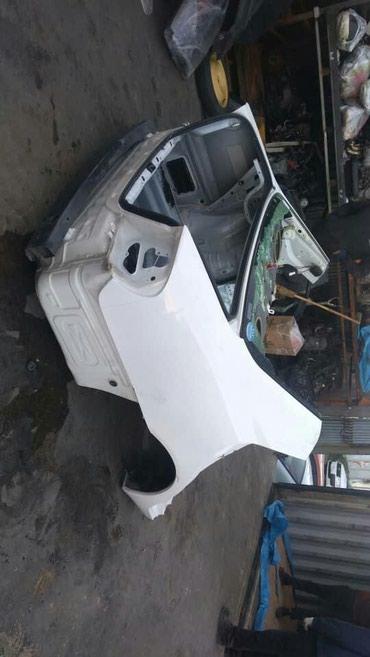 Продаю кузов Камри 35-ка. задняя часть. в Бишкек