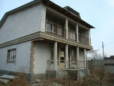 Продам - Бишкек: Продам Дом 180 кв. м, 6 комнат
