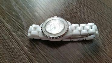 Женские Белые Классические Наручные часы  в Бишкек