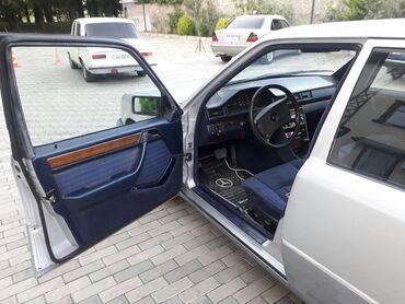 benz - Astara: Mercedes-Benz E 250 2.5 l. 1990 | 555555 km