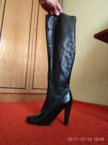 Продаю женские сапожки 38-го размера. чистая кожа. италянские. в Бишкек