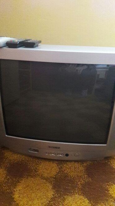 Prodajem tv samsung ekran 56. Tv je kao noov. bez ogrebotina i
