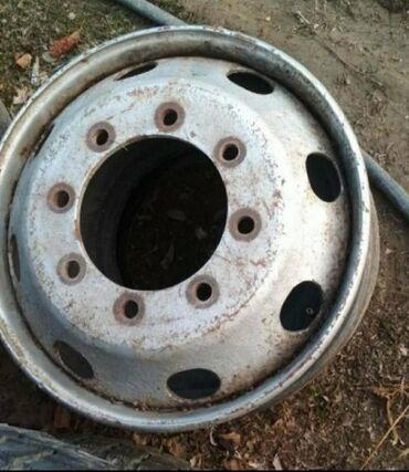 купить диски r15 4x100 в Кыргызстан: Срочно куплю немецкие или корейские диски размер 22.5 от мана и мерсед