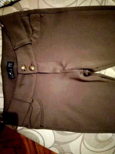 Braon vrhunske pantalone.M vel. Bez mane - Boljevac