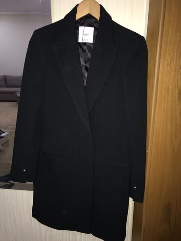 плоттер бишкек in Кыргызстан   БАССЕЙНЫ: Продаю новое пальто классического кроя Mango, с плечиками, размер S-M