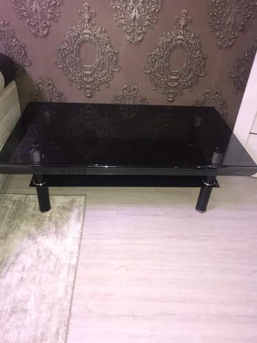 стол стеклянный в Кыргызстан: Стеклянный стол черный б/у. Размер длина 120 см на ширина 70 см