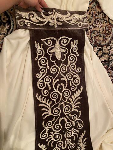 Продаю платье на узатуу 1500с