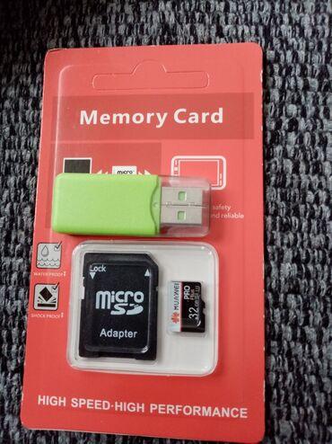 Huawei ascend y625 - Beograd: Memorijska kartica sa adapterom I usb prikljuckom, novo ne otpakovano